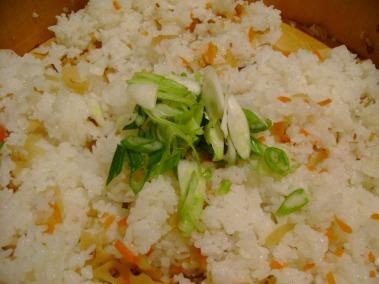 鯖の燻製寿司 混ぜた後